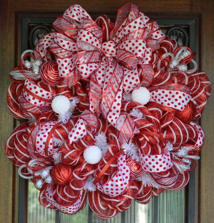Red and white christmas deco mesh wreath christmas deco for Deco christmas decorations