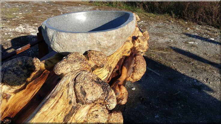 Kézmosó pult, akácfa rönk Acacia timber furniture