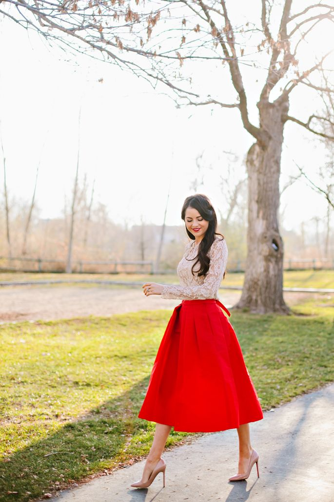 Great holiday outfit!! Lace Long Sleeves, Red Skirts:: Vintage Style:: Retro Fashion