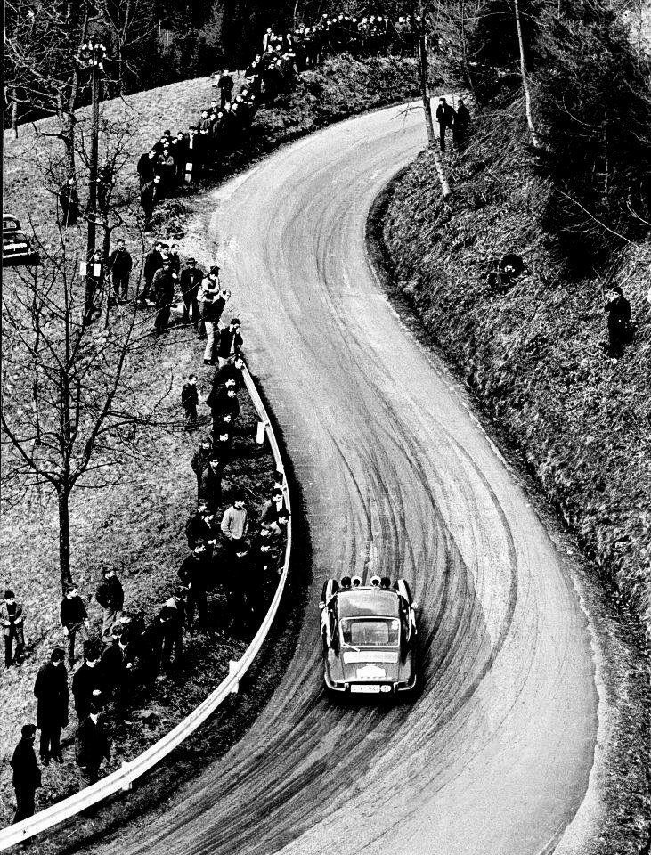 Vic Elford & David Stone en route to winning the 1967 Tulip Rally with their Porsche 911S
