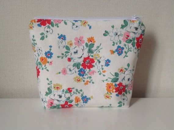 Floral Make Up Bag  Cath Kidston Clifton Rose by HomeChicHomeGifts