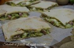 ricetta schiacciata veloce zucchine prosciutto e mozzarella ricetta senza lievito facile gustosa