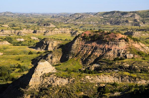 Painted Canyon, Theodore Roosevelt National Park: Theodore Roosevelt, Parks North, Buckets Lists, North Dakota, Favorite Places, Canyon Teddy, Teddy Roosevelt National Parks, Roosevelt Parks, Paintings Canyon
