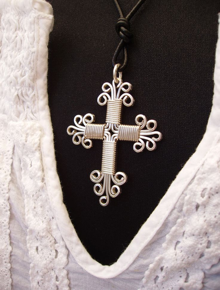Pendant Cross Masterpiece silverplated wire | Flickr - Photo Sharing!