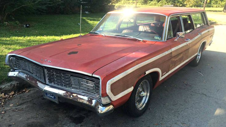 Wire Wheel Wagon: 1968 Ford Country Squire LTD - http://barnfinds.com/wire-wheel-wagon-1968-ford-country-squire-ltd/