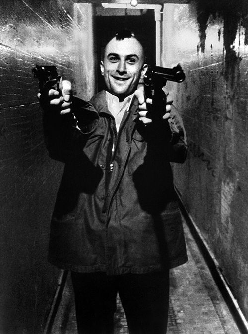 "Robert De Niro (August 17, 1943 - ) as Travis Bickle in ""Taxi Driver"", 1976. age 33 #actor #still"