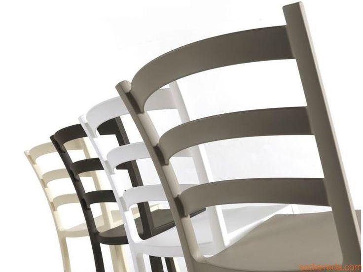 Italia 150 - Chaises en polypropylène: couleur gris tourterelle, blanc, marron café, lin