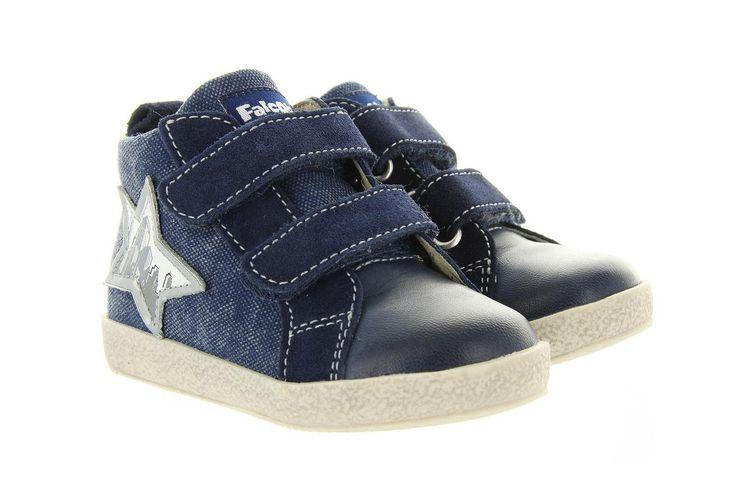 Kinderschoenen Falcotto artikel 1476 Blauw,heeft een heel belangrijk uitgangspunt: een gezonde ontwikkeling van de voetjes. Daarom worden de beste materialen op de juiste plek gebruikt. Soepele rubberen zolen, sterk en comfortabel leer op het bovenwerk en in de voering. Afgewerkt met leuke kleurtjes, en een stoere witte schoenzool. €74,95  #falcotto #kids #fun #fashion #shoes
