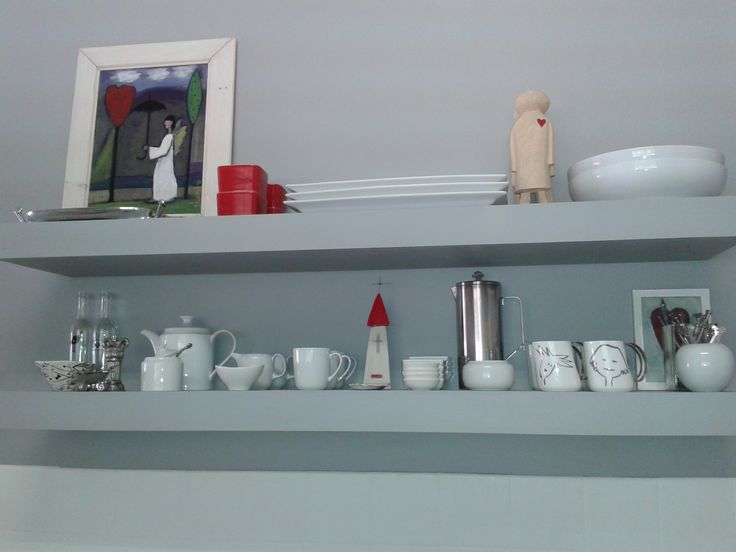 Floating kitchen shelves for Riana