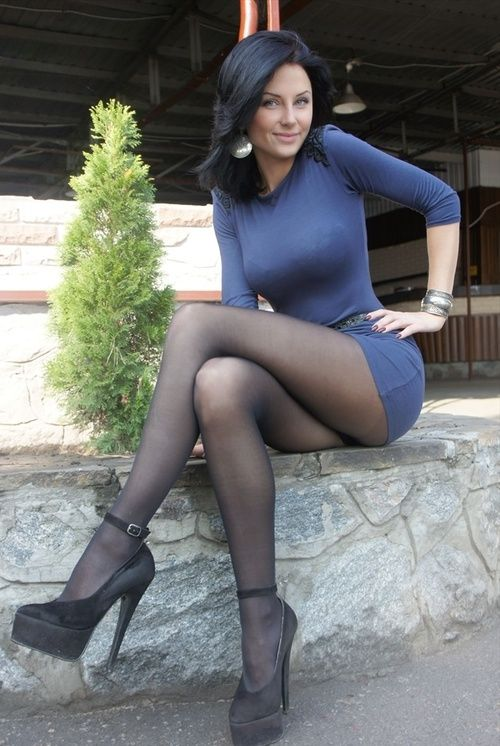 best images about H E E L S   H O S E   on Pinterest     Girls With Legs Sexy woman with long slim legs wearing tights