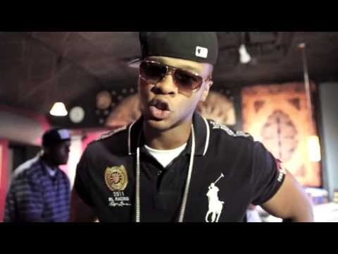 New Music: Papoose 'Open Letter' Freestyle (Video)- http://getmybuzzup.com/wp-content/uploads/2013/06/papoose-600x304.png- http://getmybuzzup.com/new-music-papoose-open-letter-freestyle-video/-  Papoose Open Letter Freestyle After stealing the Hot97 Summerjam stage last week in NJ. Brooklyn rapper Papoose is back with this visual for his freestyle over Jay-Zs Open Letter beat. In this freestyle he talks about how he took over the SSXX stage