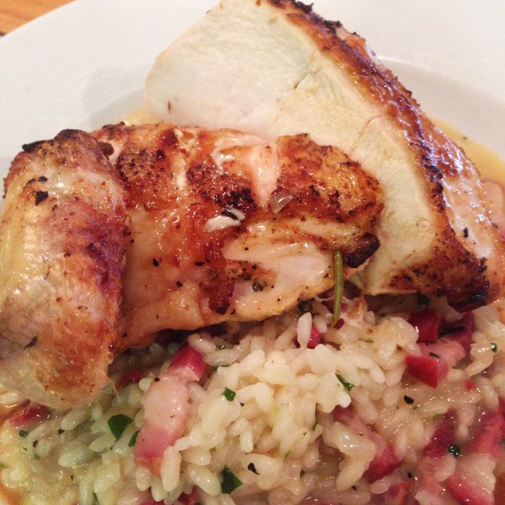 Pollo supremo Chicken supreme marinated in garlic, lemon and rosemary served on an Italian pancetta risotto.