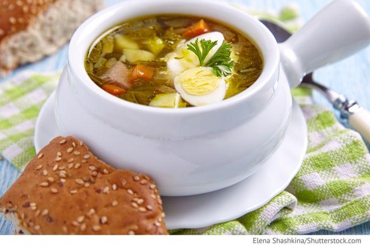 Sauerampfersuppe mit Kasseler Seljonyj borsch - Зелёный борщ - Russische Rezepte