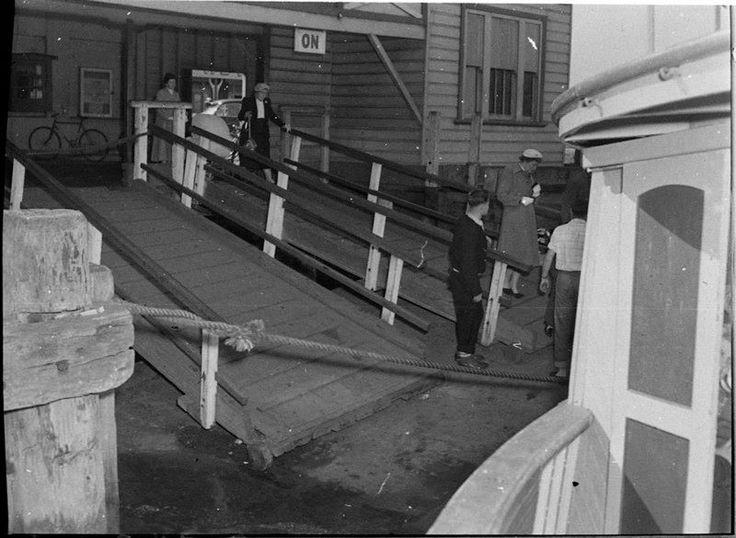 STOCKTON FERRY WHARF, 23/7/1956