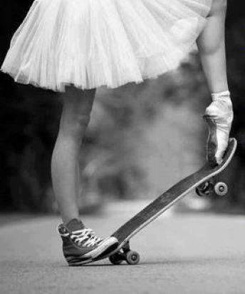 """""""Cuando bailas, tu objetivo no es llegar a un lugar determinado en el suelo. Es disfrutar de cada paso en el camino."""" Dr. Wayne Dyer"""