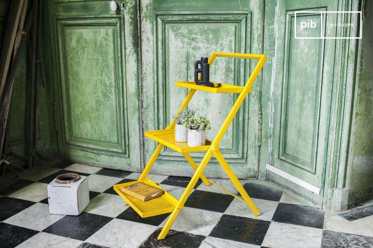 Scaffale in metallo Leffle e molti altri mobili console da scoprire su PIB, lo specialista in arredamenti, illuminazioni e decorazioni vintage.