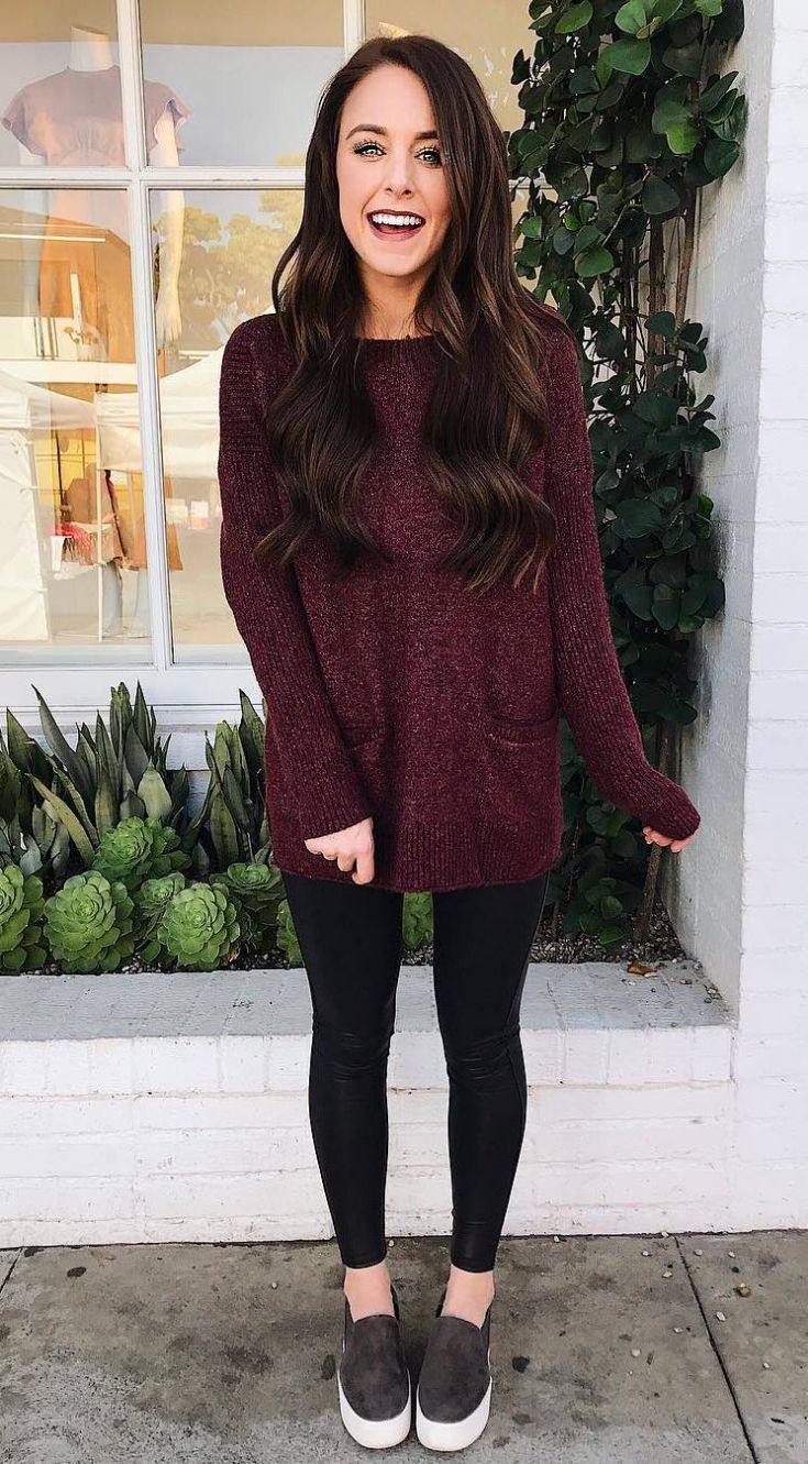 30 Comfy Sweater Outfits To Wear This Fall