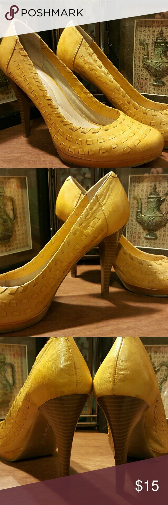 Andrew Geller basket weave Pumps Mustard basket weave Pumps, never worn, slight discolorations (see pics), marked on the sole of the shoe and inside shoe. price reflects condition. These were a well meaning gift but not to my tastes so my loss is your gain. Andrew Geller Shoes Heels