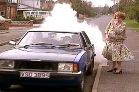 Onslow's car a 1978 Ford Cortina which backfires whenever it stops or starts. (Read more http://www.kgbanswers.co.uk/in-keeping-up-appearances-what-car-does-onslow-drive/2964507#ixzz3ksevtEOK)
