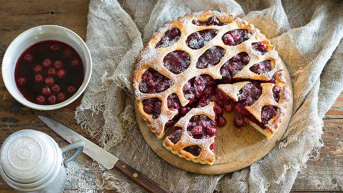 Limburger cherry flan. Listen to our audio recipe.