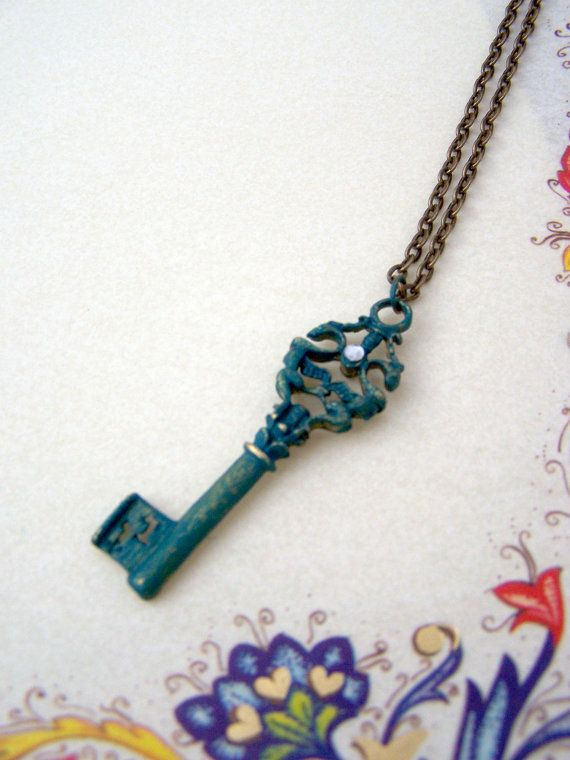Key necklace Skeleton key Turquoise blue Teal Patina key Dragon Reversible jewelry €15.50  Skeleton key necklace with blue patina by Valkyrie´s Song