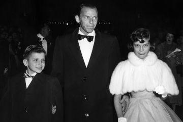 Le chanteur Frank Sinatra Junior est mort Check more at http://people.webissimo.biz/le-chanteur-frank-sinatra-junior-est-mort/
