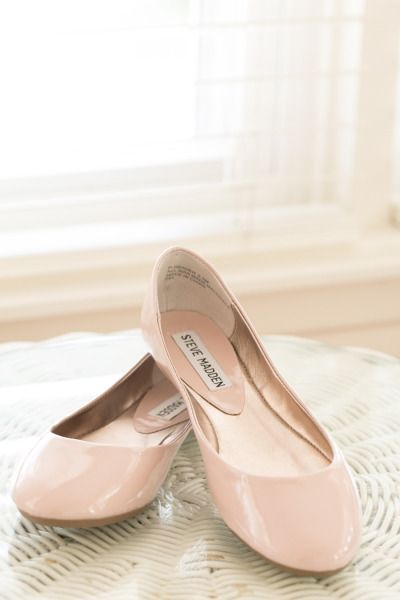 It's always good to have at least 1 pair of nude color flats - in your skin shade - so you can pair with lots of outfit.