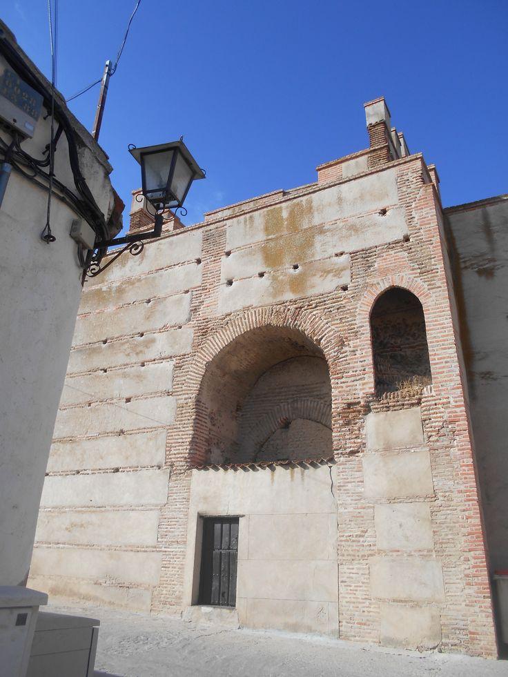 Cara Interior de la torre. Puerta de Medina