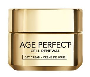 STIMULE LE RENOUVELLEMENT À LA SURFACE DE LA PEAUDes millions de nouvelles cellules révélées chaque jour.La peau paraît repulpée, rafraîchie, comme renouvelée.Pourquoi devrais-je utiliser la Crème Jour Age Perfect Cell Renewal ?Avec l'âge, le processus de régénération cellulaire peut ralentir, entraînant ainsi une diminution de la vitalité de la peau.Inspiré par 20 ans de recherche sur la biologie cellulaire, L'Oréal présente Cell Renewal.Une nouvelle gamme de produits de soin de la peau