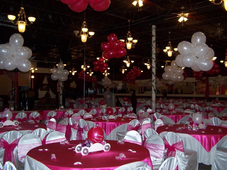 Balloon inspiration for quinceanera balloon centerpieces for Balloon decoration ideas for a quinceanera