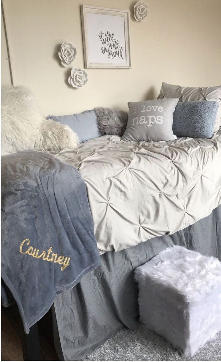 The Most Popular Bedding For Student Dormitories Comfortable Bedroom Decor College Dorm Room Decor College Dorm Rooms