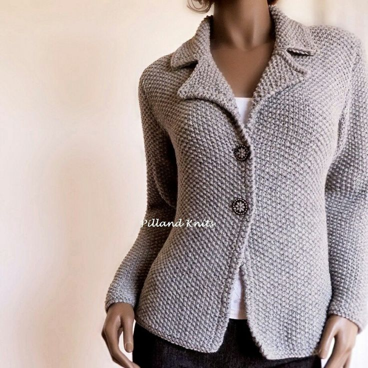 New jacket, in moss stitch and blazer collar. Light Grey 35%alpaca 65%wool. Sizes XS-XL Many colors.