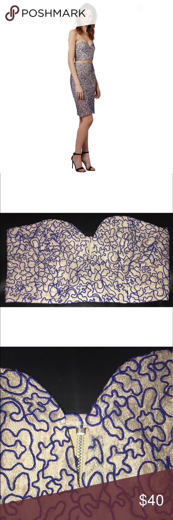 Topshop Corded Lace Embroidered Bralette Tube Top New Cream Blue Topshop Corded Lace Embroidered Bralette Tube Top US 6 UK 10    SOLD-OUT EVERYWHERE!!    Auction is for Top only....   I also have the Skirt for sale in my other listings....  US Size-6 Topshop Tops Crop Tops