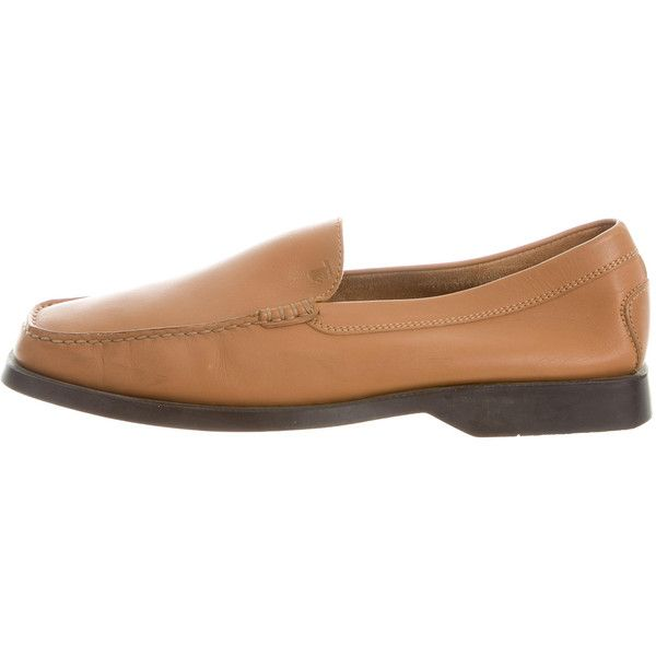Pre-owned Tod's Leather Square-Toe Loafers ($95) ❤ liked on Polyvore featuring men's fashion, men's shoes, men's loafers, brown, mens leather loafer shoes, mens leather loafers, mens brown loafers, mens loafers and mens brown loafer shoes