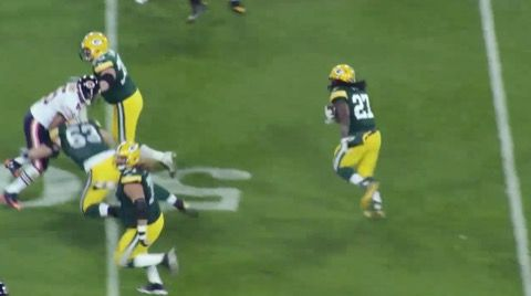 Everyone Thinks Eddie Lacy is Fat -- Green Bay Packers running back Eddie Lacy is a big boy. Just ask anyone else in the league. They'll tell you just what a fat bastard he is. Check the video.