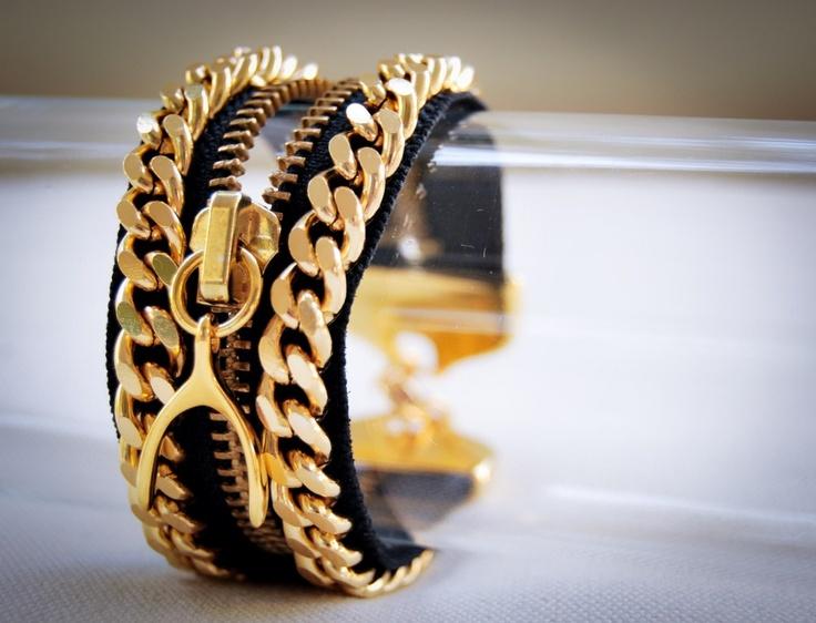 Super modern zipper bracelet !!