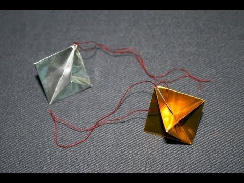 Christmas Origami - Traditional ornament