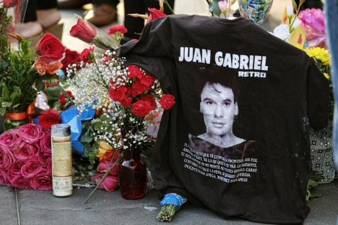 """Juan Gabriel ¿era gay?: """"Lo que se ve no se pregunta mijo"""""""