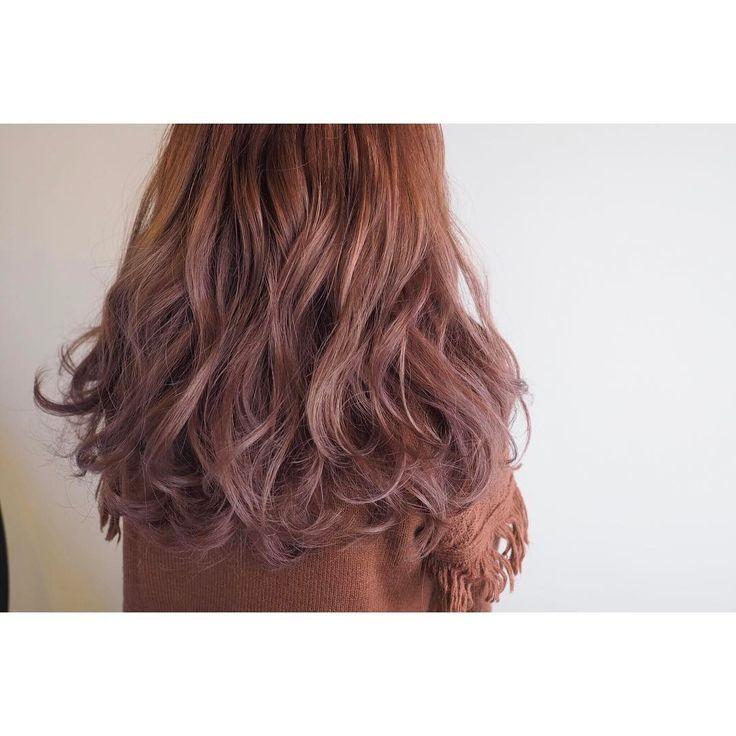 ピンクブラウンで大人っぽく もともとブリーチしている子なのでピンクみもキレイに入ります #帯廣美容所#担当アヤナ#ピンクブラウン#ピンクアッシュ#ブラウン#wカラー#ブリーチ#トーンダウン#ヘアカラー#ヘア#帯広#帯広美容室#hair#haircolor#hairstyle#fashion#snap#カメラ#OLYMPUS
