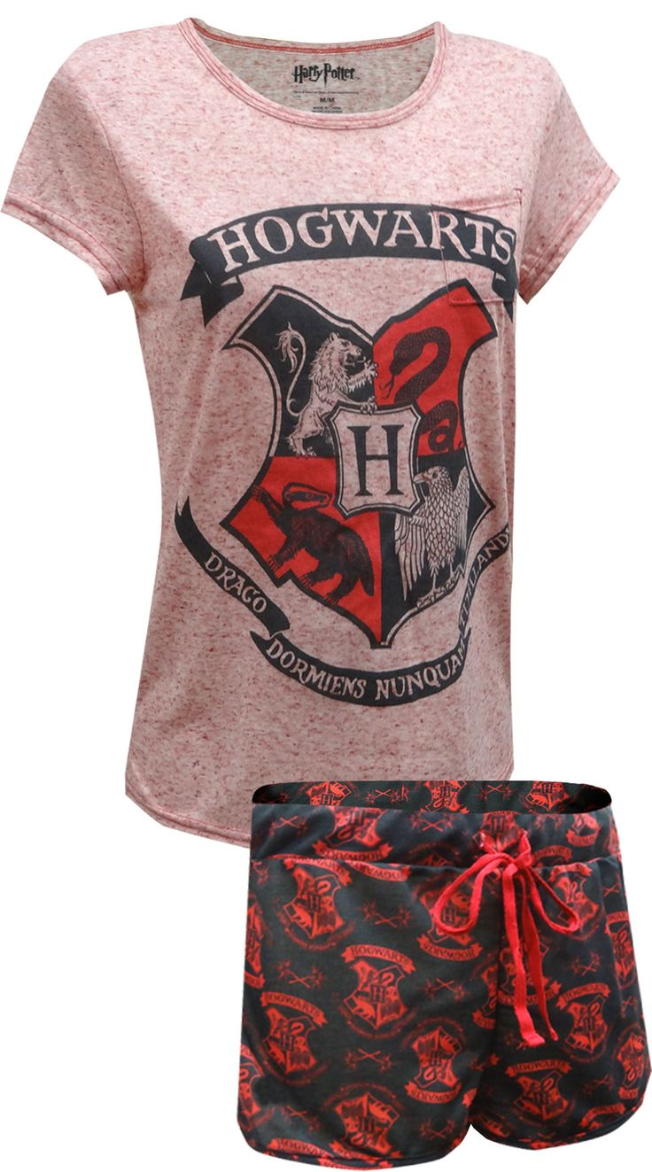 Show your love for Hogwarts School of Wizardry and Witchcraft with this fun shortie pajama set for women. Made of very soft 93% Polyester and 7% linen, you will want to wear this all day! The top features the Hogwart's crest, where every house is represented. The shorts have an all-over design of the same crest. Machine washable with covered elastic waistband with drawstring tie. Junior Cut.