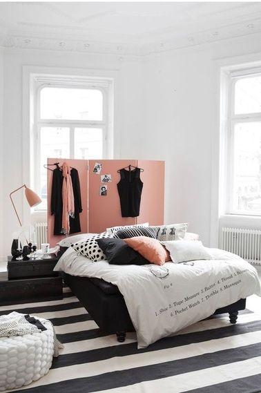 Une chambre noir et blanc pour ado fille