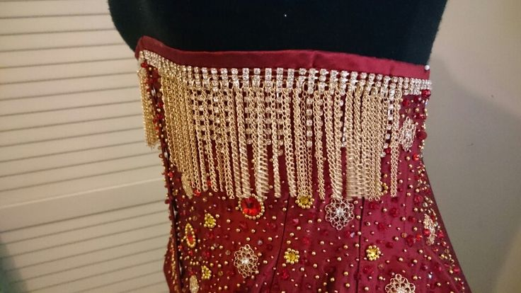 Corset by Terry Brown Dragon Blood Creations, Beading by Sarah Cotis