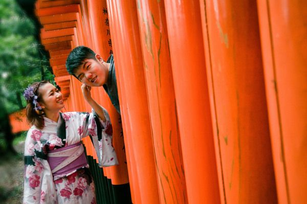 Casual pre-wedding shoot in foreign country is an amazing thing