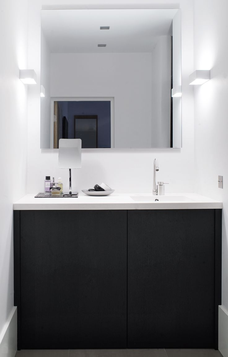 Piet Boon Styling by Karin Meyn | Bathroom, black and white contrast