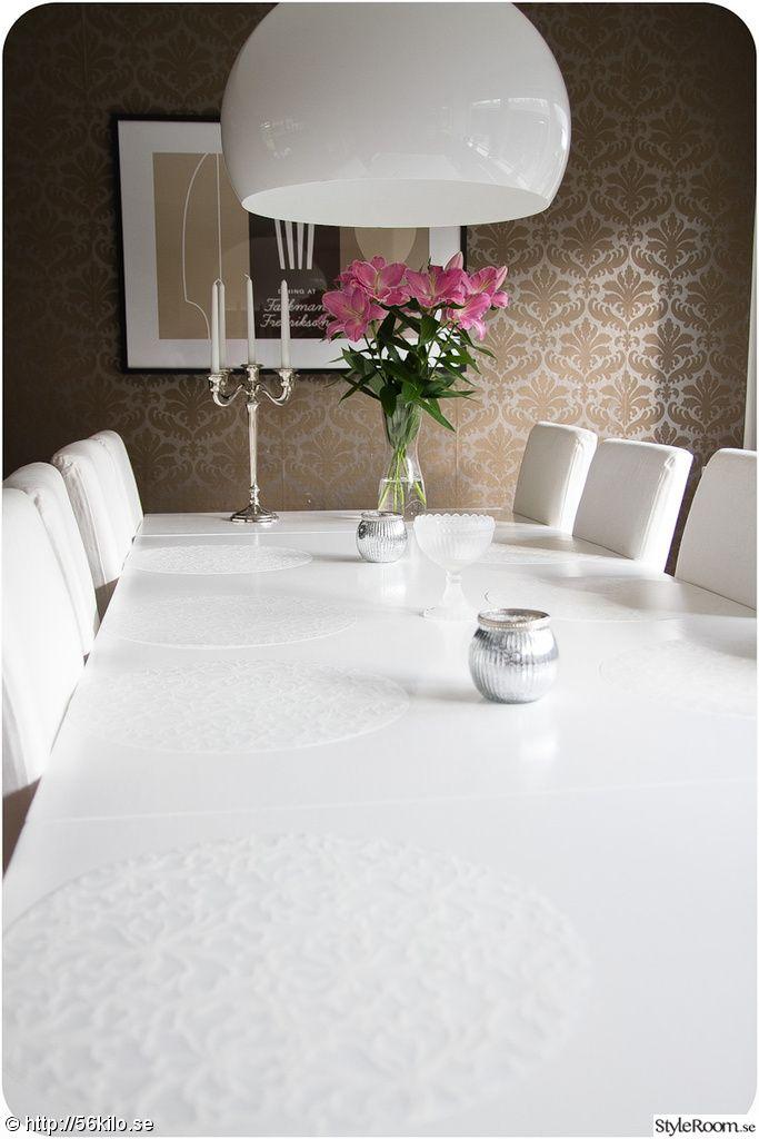 isa form,ommålat bord,vitt bord,vit matsalsgrupp,kartell fl/y taklampa