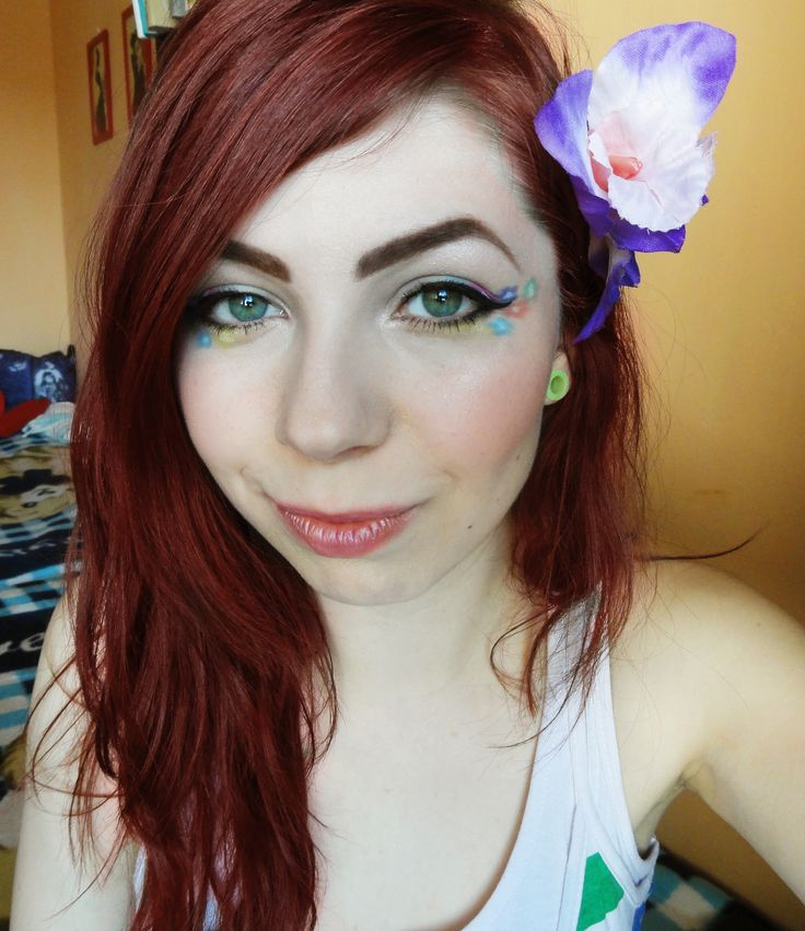 i love spring <3 spirng make up with flowers #makeup #style #beauty #flowers #cute #pretty #spring