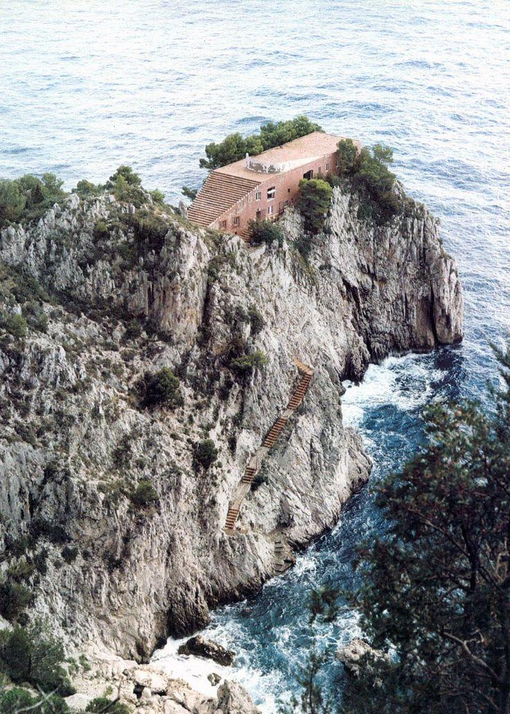 ADALBERTO LIBERA's Villa Malaparte— In 1980, American architect John Hejduk describes Adalberto Libera's villa, designed for Curzio Malaparte, as a house of rituals and rites, of mysteries, an ancient play unraveling under Italian light.