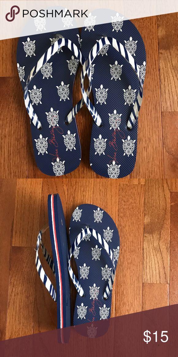Vera Bradley blue and white flip flops; NWOT Vera Bradley blue and white flip flops with turtles; NWOT Vera Bradley Shoes Sandals