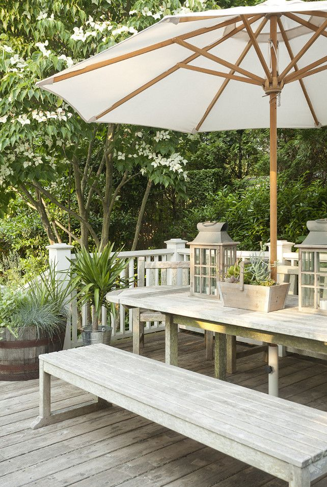 Deck Decorating Ideas. Decorate your deck like a pro. How interior designers decorate outdoor areas. #Deck #patio #OutdoorSpaces
