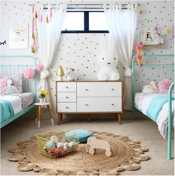 Pretty Shared Bedroom Designs For Girls: 1000+ Ideas About Teen Shared Bedroom On Pinterest